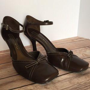 Gianni Bini 7.5M brown heels